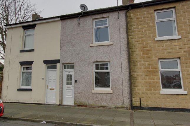 2 bed terraced house to rent in Victoria Street, Fleetwood FY7