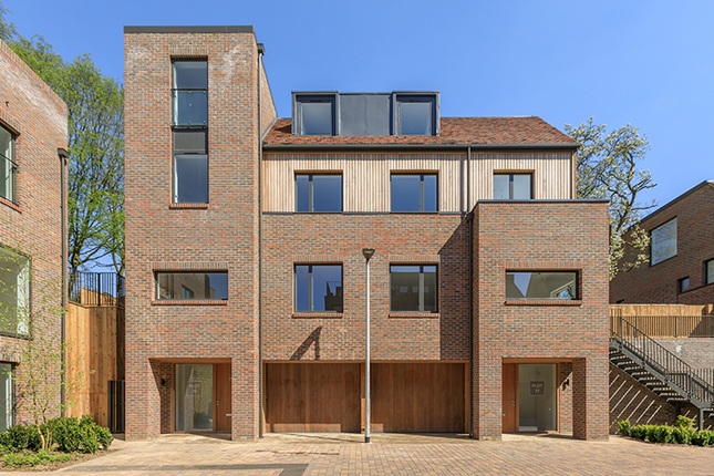 Thumbnail Semi-detached house for sale in Woodside Avenue, Muswell Hill