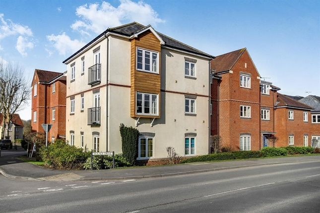Thumbnail Flat to rent in Wolage Drive, Grove, Wantage