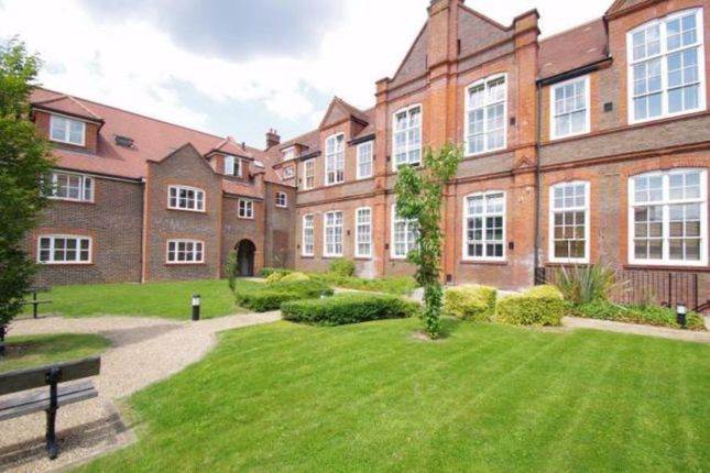 Thumbnail Flat to rent in Gammons Lane, Watford