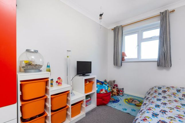 Bedroom Two of Woodchurch Close, Sidcup DA14