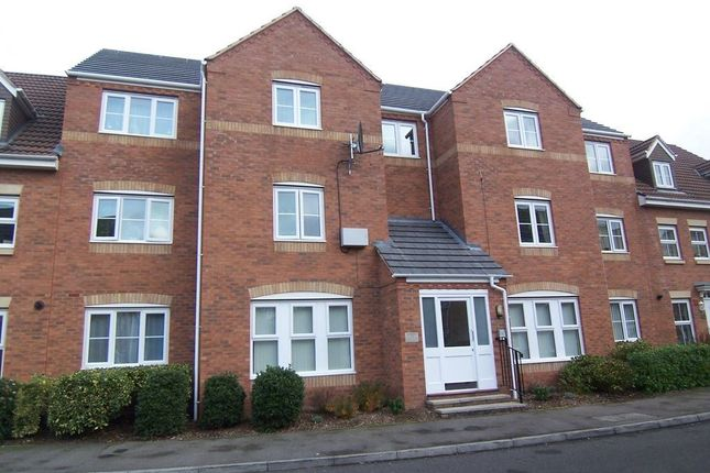 Thumbnail Flat to rent in Gardeners End, Bilton, Rugby