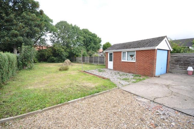 Lytham Road Warton Preston Lancashire Pr4 3 Bedroom Detached Bungalow For Sale 44842589