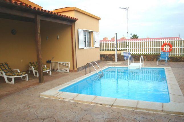 Thumbnail Villa for sale in Calle Relinchon, Caleta De Fuste, Antigua, Fuerteventura, Canary Islands, Spain