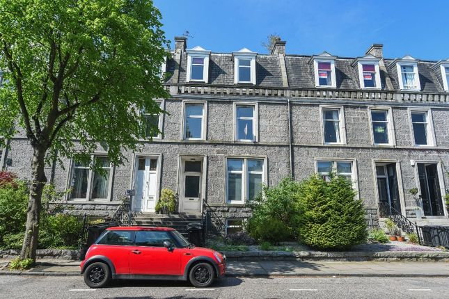 Thumbnail Flat to rent in Forest Road, West End, Aberdeen