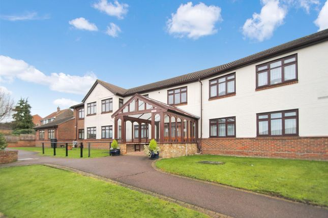 Thumbnail Flat for sale in Sheriton Square, Downhall Road, Rayleigh