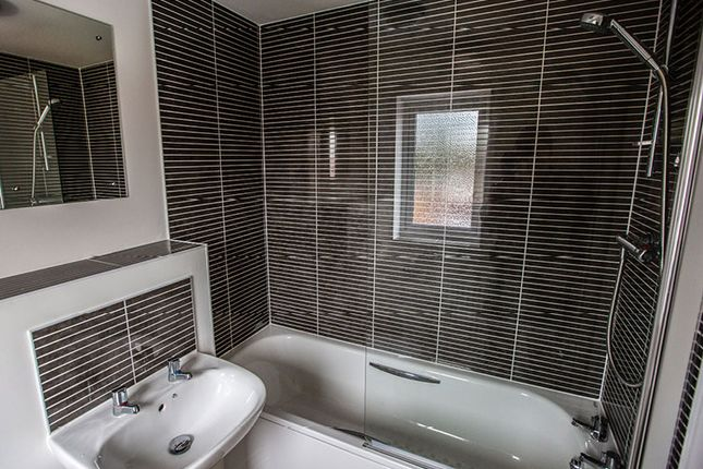 2 bedroom town house for sale in Sandyfields Lane, Colden Common