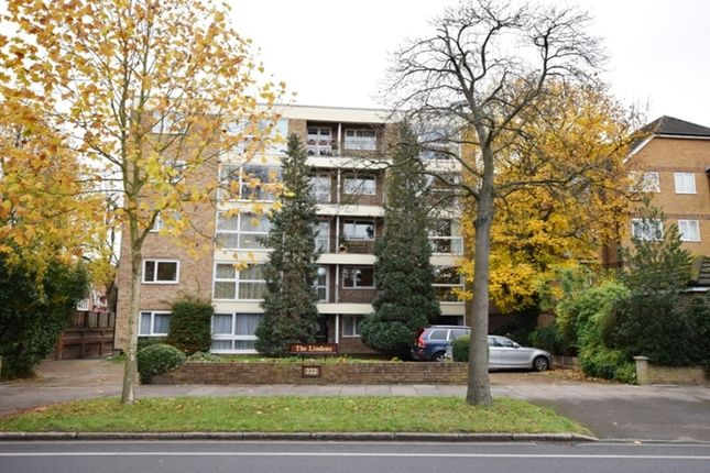 Thumbnail Flat to rent in Kew Road, Kew, Richmond, Surrey