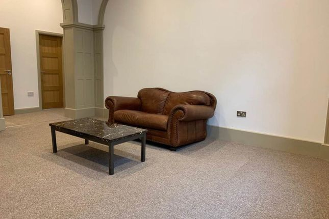Thumbnail Flat to rent in Regent Street South, Barnsley