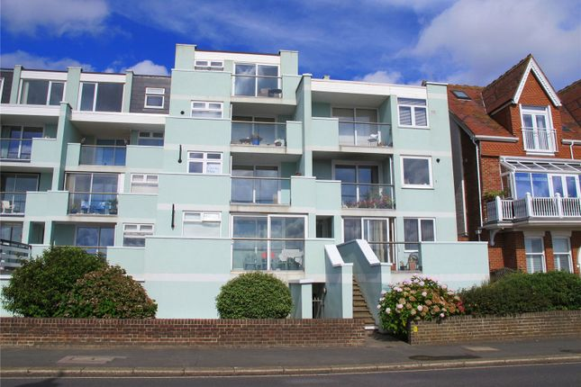 Thumbnail Flat to rent in Promenade Court, 17-19 Marine Parade West, Lee On Solent