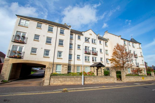 Thumbnail Flat for sale in Sandford Gate, 1 Halleys Court, Kirkcaldy