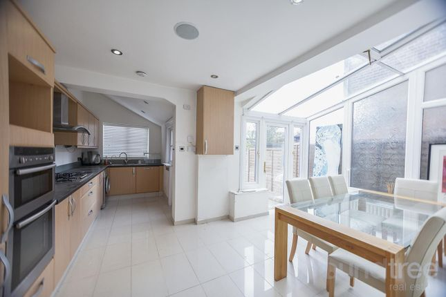 Thumbnail Property to rent in Ravenshurst Avenue, Hendon