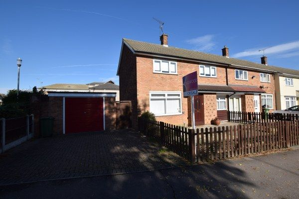 Thumbnail Terraced house for sale in Collingwood Road, Basildon