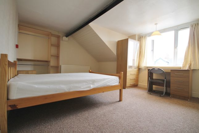 Thumbnail Terraced house to rent in Glenfield Road, West End, Leicester