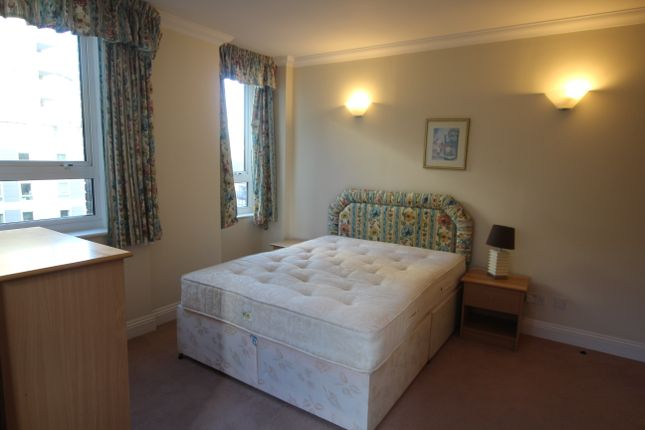Thumbnail Shared accommodation to rent in Aegon House, Docklands