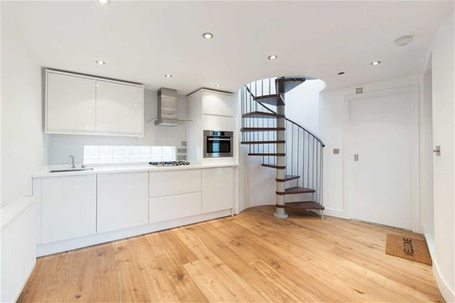Thumbnail Town house for sale in Burlington Mews, London