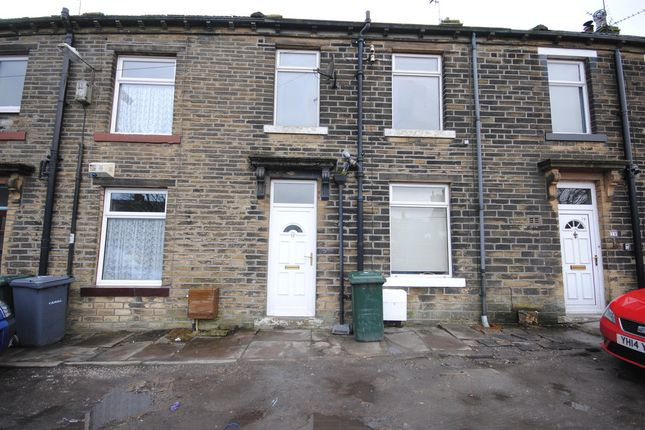 Thumbnail Terraced house to rent in Charles Street, Queensbury, Bradford