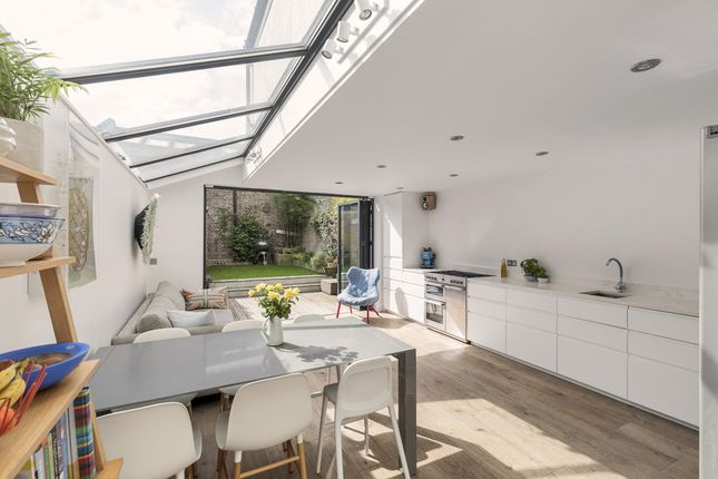 Thumbnail Terraced house for sale in Howden Street, Peckham Rye