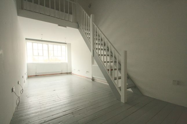 Office to let in Stamford Works, Gillett Street, Dalston, London