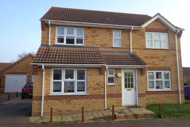 4 bed detached house to rent in Briscoe Way, Lakenheath IP27
