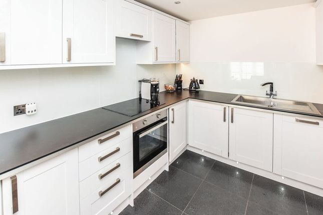 Thumbnail Flat for sale in Sartoria Court, Lenthall Avenue, Grays