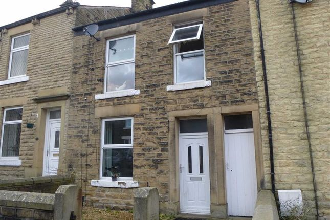Thumbnail Terraced house to rent in Lambgates, Hadfield, Glossop