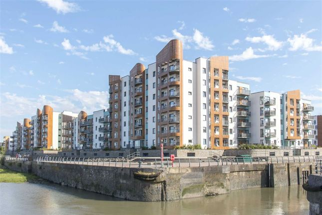 Thumbnail Flat for sale in Newfoundland Way, Portishead, North Somerset