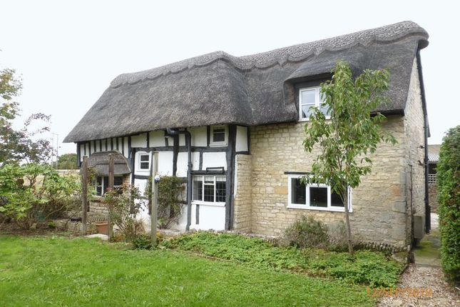 Thumbnail Cottage to rent in Manor Lane, Gotherington, Cheltenham