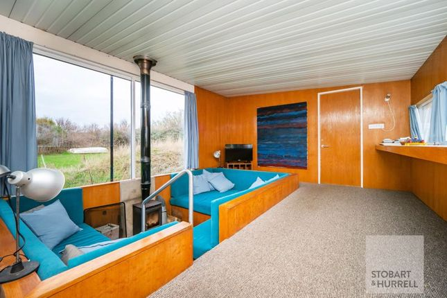 Warmth of Beach House, Doggetts Lane, Happisburgh, Norfolk NR12