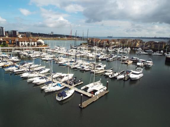Thumbnail Flat for sale in Admirals Quay, Ocean Way, Southampton