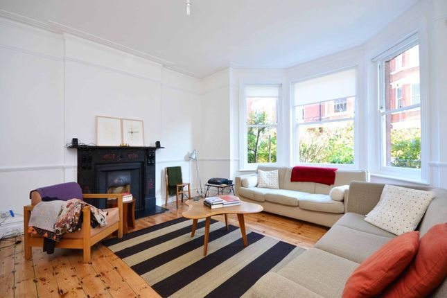 Thumbnail Flat to rent in Antrim Road, Belsize Park