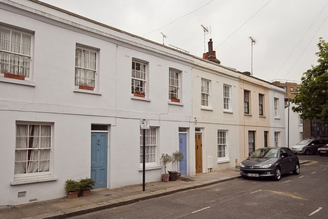 2 bed terraced house to rent in Fortess Grove, Kentish Town