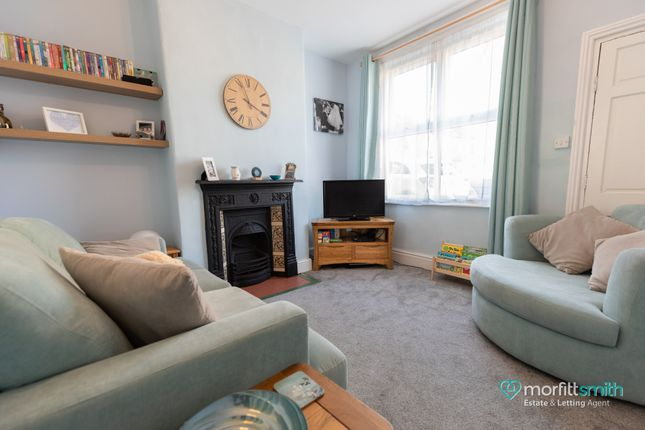 Living Room of Warwick Street, Crookes, - Viewing Essential S10