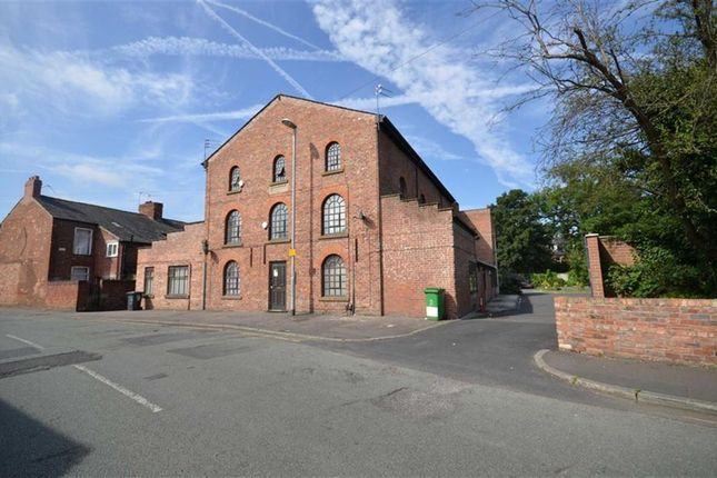 Thumbnail Flat to rent in 188 Ladybarn Lane, Fallowfield, Manchester, Greater Manchester