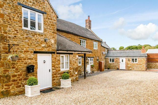 Thumbnail Country house for sale in Wardington, Banbury, Oxfordshire
