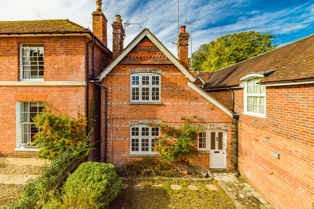 Thumbnail Cottage to rent in Walnut Cottage, Streatley On Thames