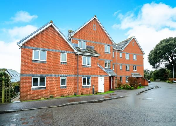 Thumbnail Flat for sale in Maudlin Drive, Teignmouth, Devon