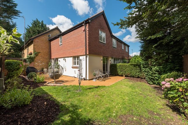 Thumbnail Semi-detached house to rent in Cosne Mews, Harpenden