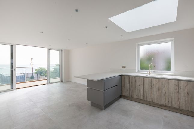 Thumbnail Flat for sale in Marine Drive, Rottingdean, Brighton