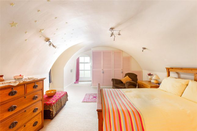 Master Bedroom of Royal York Crescent, Clifton, Bristol BS8