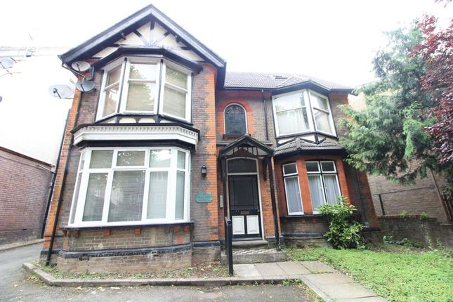 Front of Studley Road, Luton LU3