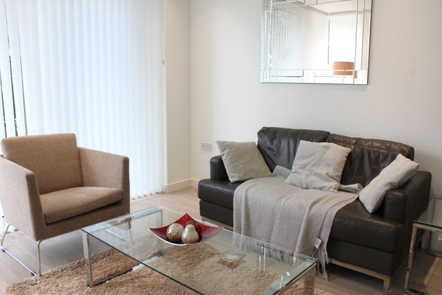 Thumbnail Flat for sale in City View Apartments, Woodberry Down, London