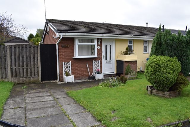 Thumbnail Bungalow to rent in For Rent. Redwood, Firwood Park, Chadderton, Oldham