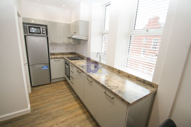 Thumbnail Studio to rent in Burdon Terrace, Newcastle Upon Tyne