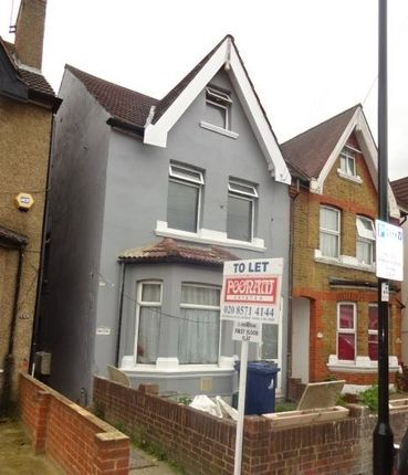 Thumbnail Flat to rent in Waltham Road, Southall