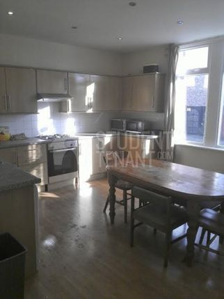 6 bed shared accommodation to rent in Woodlands Road, Liverpool