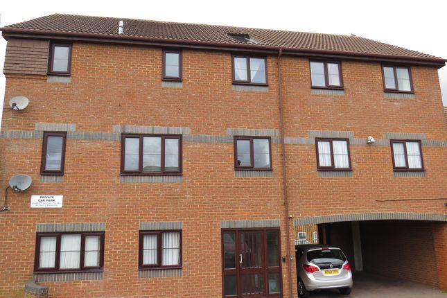 Thumbnail Flat for sale in Union Street, Dunstable