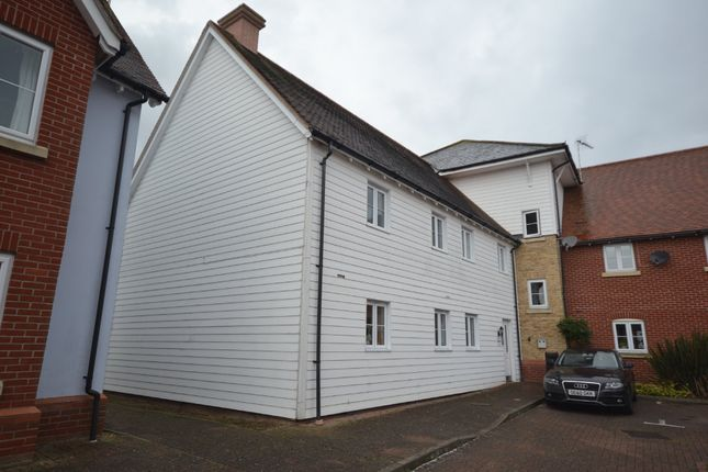 Thumbnail Flat to rent in Oxton Close, Rowhedge, Colchester, Essex