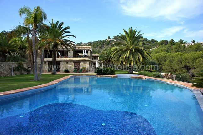 5 bed villa for sale in Comunitat Valenciana, Alicante, Benissa