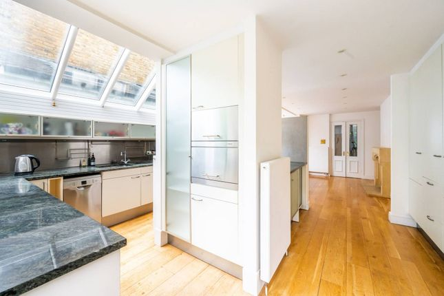 Thumbnail Property to rent in Radipole Road, Parsons Green, London